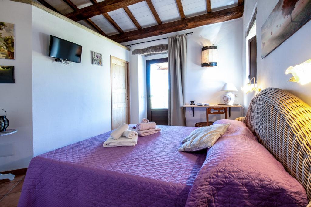 Camera da letto, ingresso principale