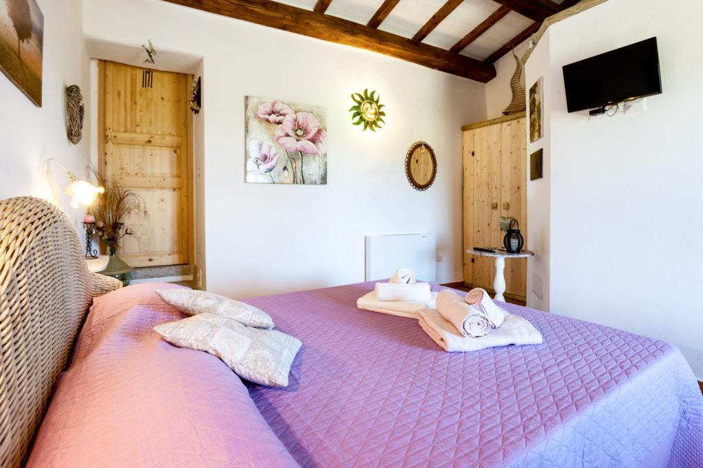 Camera da letto, ingresso cucina