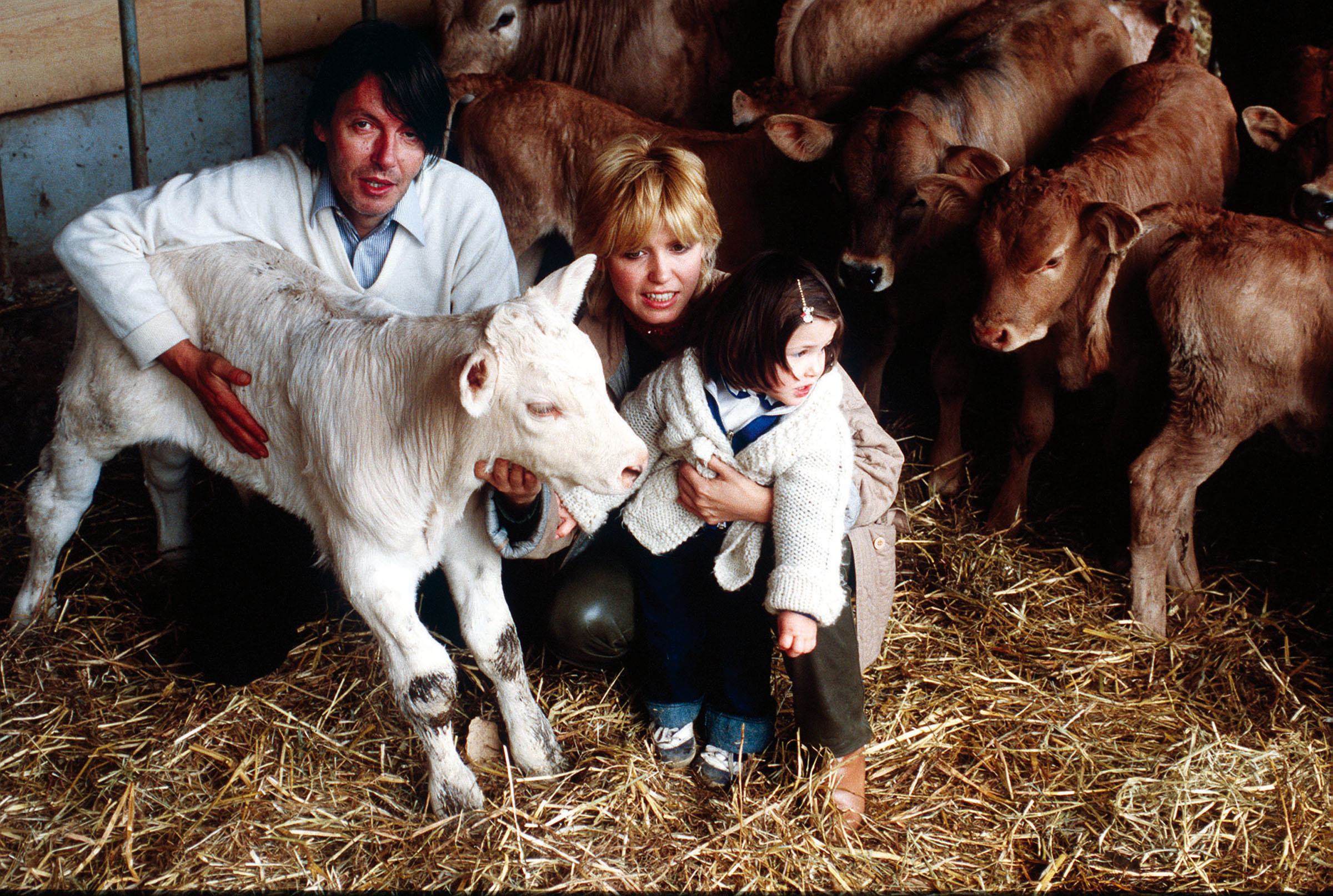 Fabrizio DE ANDRE' con la moglie Dori GHEZZI e la figlia
